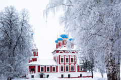 Winterkirche Lizenzfreie Stockfotografie
