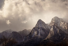 Winterlandschaft in Karpaten-Bergen Transylvanien, Rumänien Stockbilder