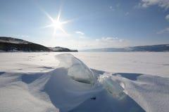 Winterlandschaft mit Eis Lizenzfreie Stockfotos