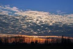 Winterlandschaft am Sonnenuntergang Lizenzfreies Stockbild