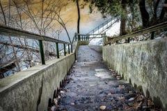 Winterlandschaft, Treppe, führt zu Zäune Stockfotos