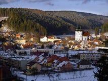 Winterlandschaftsansicht der Gemeinde Sloup Stockfotografie