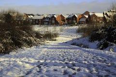Winterliche Szene über einem Gehweg Lizenzfreies Stockbild