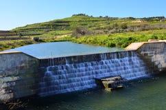Winterliche Wasserfälle Lizenzfreie Stockfotos