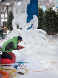 Winterlude in Ottawa, Ontario, Canada 2014 - Ijs Carver 01 Royalty-vrije Stock Afbeeldingen