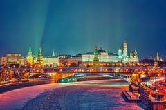 Winternacht in Moskau lizenzfreie stockfotografie