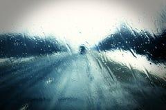 Winternebel und schlechte Sicht stockbilder
