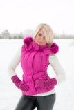 Winterporträt des sexy Mädchens Lizenzfreies Stockfoto