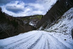 WinterRoad萨哈林岛冬天自然 库存照片