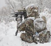 Winterscharfschütze lizenzfreie stockfotos