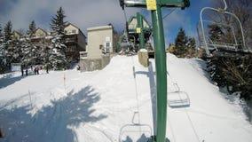 Winterskifahren-Jahreszeitszenen am Schneeschuhberg- West-viginia lizenzfreies stockbild