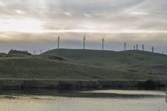 Wintersonnenuntergang bei Bethany Reservoir lizenzfreie stockbilder