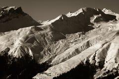 Wintersport alpestre Vista fotografía de archivo libre de regalías