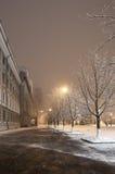Winterstadt nachts Lizenzfreies Stockfoto