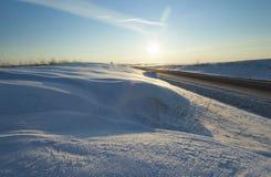 Winterstraße, Schnee Lizenzfreies Stockfoto