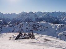 Wintertag auf Achensee See in Österreich Stockfoto