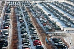 wintertime стоянкы автомобилей автомобиля Стоковое Изображение RF