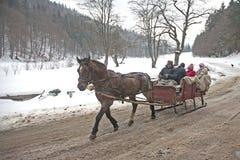Wintertradition - Rumänien lizenzfreie stockfotos