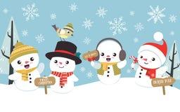 Winterweihnachtsszene mit nettem kleinem Schneemann Stockbilder
