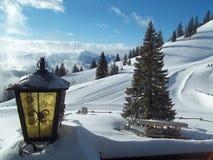 Winterzeit in den bayerischen Alpen lizenzfreies stockfoto