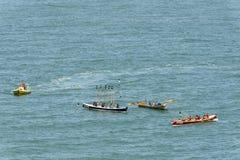 Wioślarskie łodzie przy Clovelly, Devon Zdjęcia Royalty Free