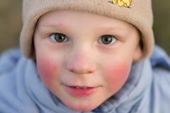 Wiosek dzieci Emocjonalny zakończenie portret w naturze Obraz Stock