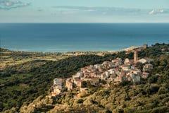 Wioska Aregno w Balagne regionie Corsica obrazy stock