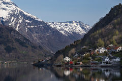Wioska Norweskim fjord Obrazy Stock