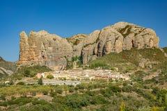 Wioska pod Aguero górami, Huesca, Hiszpania Zdjęcie Stock