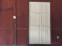 Wioska rocznika drzwi Zdjęcie Royalty Free
