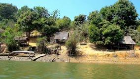 Wioska rybacka na Kangy rzece, Chaung Tha, Myanmar zbiory