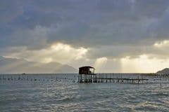 Wioska rybacka przy świtem Fotografia Royalty Free