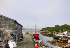 Wioska rybacka z łodzią i boathouse obrazy royalty free