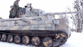 Wioska Sokolovo, Kharkiv region Ukraina, Marzec, - 9: Odbudowa bitwa Drugi wojna światowa blisko zbiory wideo