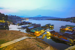 Wioska w rzece, Mon most, Sangkhlaburi, Kanchanaburi, Th Fotografia Royalty Free