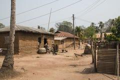 Wioska z bananowymi roślinami w Tafi Atome w Volta regionie wewnątrz Obraz Stock