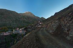 Wioski droga, Norh Afryka blisko Toubkal, atlant góry Obraz Stock