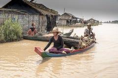 Wioski życie w spławowej wiosce blisko Siem Przeprowadza żniwa Obrazy Stock