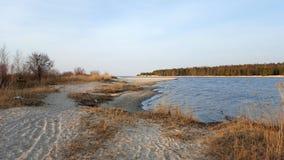 Wiosna brzeg rzeki, Lielupe, morze bałtyckie Obrazy Royalty Free