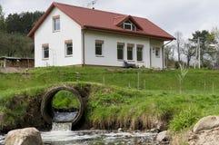 Wiosna hotel na wzgórzu Zdjęcia Stock
