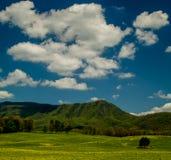 Wiosna krajobraz, Angielski teren górski Zdjęcia Royalty Free