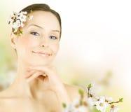 wiosna piękna kobieta Fotografia Royalty Free