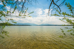 Wiosna przy jeziornym Chiemsee Zdjęcie Stock