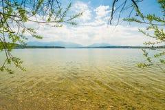 Wiosna przy jeziornym Chiemsee Obrazy Stock