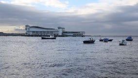 Wiosna przypływ przynosił narosłych poziomy morza Uroczysty molo klacz na Sobocie 21st 2015 Luty zdjęcie wideo