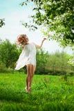 wiosna TARGET1107_0_ ogrodowa kobieta Fotografia Stock
