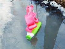 Wiosny łódź z ich rękami zdjęcia stock