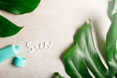 Wiosny i lata ochrona przeciw s?o?cu, sunscreen rpoducts obrazy stock
