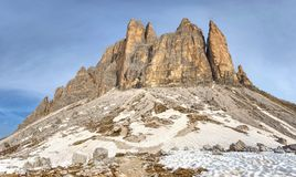 Wiosny podwyżka wokoło Tre Cime Di Lavaredo masywny Fotografia Royalty Free