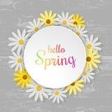 Wiosny pojęcie Pisze list projektować i kwiaty na kuchennym stole w mieszkaniu również zwrócić corel ilustracji wektora Odgórny w Obraz Royalty Free